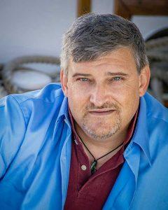James A . Truett - Writer/Photographer