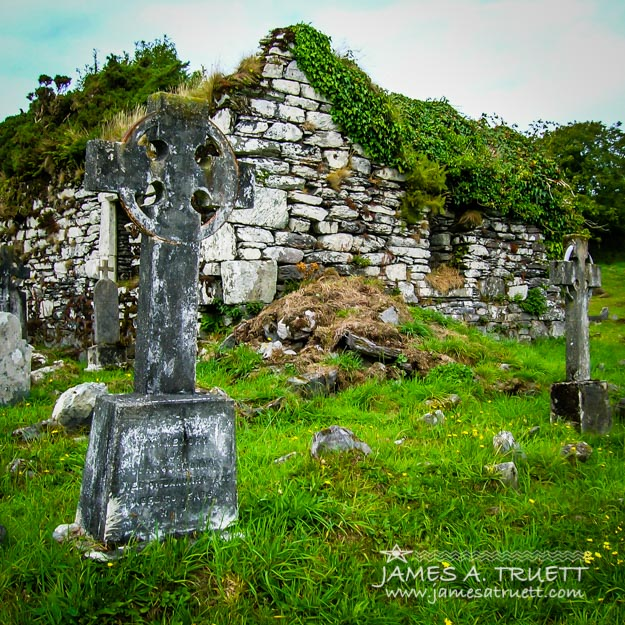 Graveyard and church ruins on Ireland's Mizen Peninsula