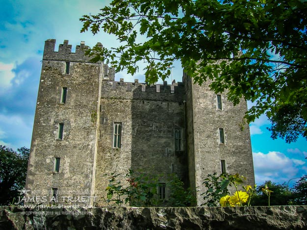 Ireland's Bunratty Castle